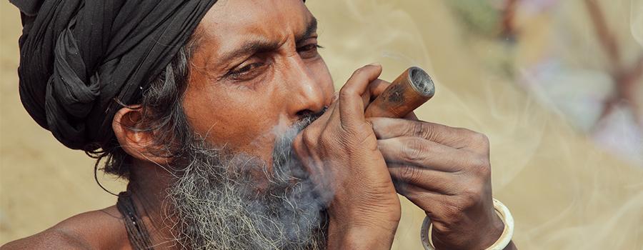 Induismo e cannabis. Charas, hash, foglie e boccioli