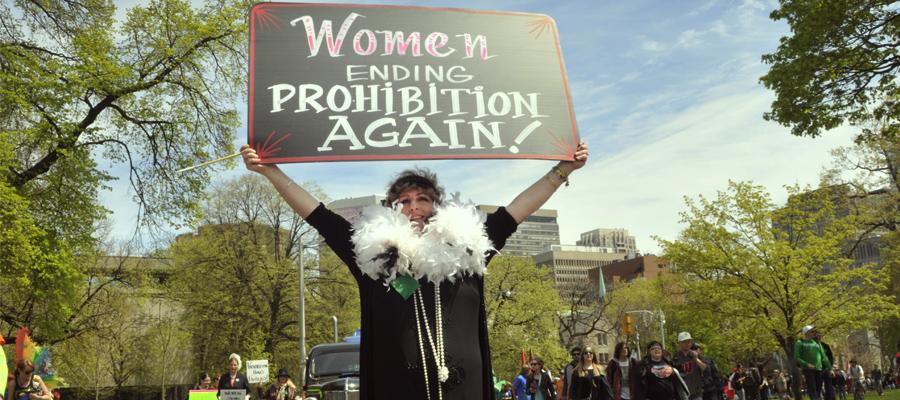 le donne il femminismo cannabis leader legalizzazione rivoluzione