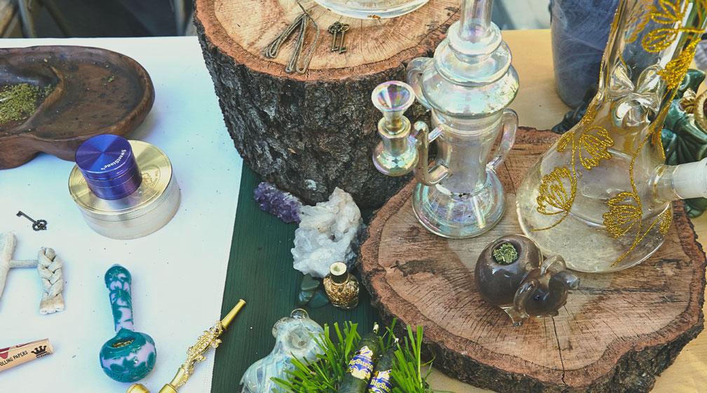 Parole Gergali per Indicare Dispositivi ed Accessori per Fumare Cannabis