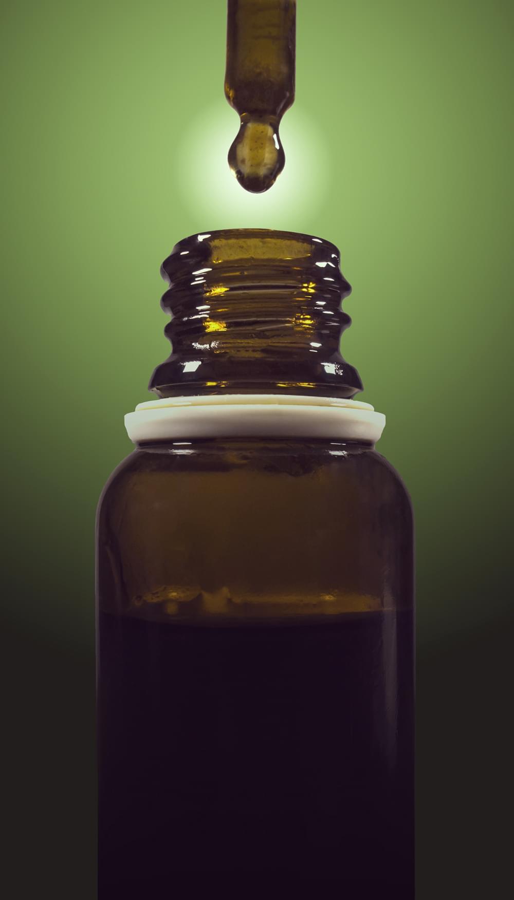 Regolamento CBD uk cannabis marijuana medica